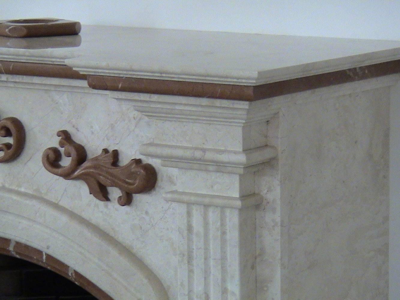 Украшение из мрамора на камин фото 3 — изелия и проекты от Bevers Marmyr