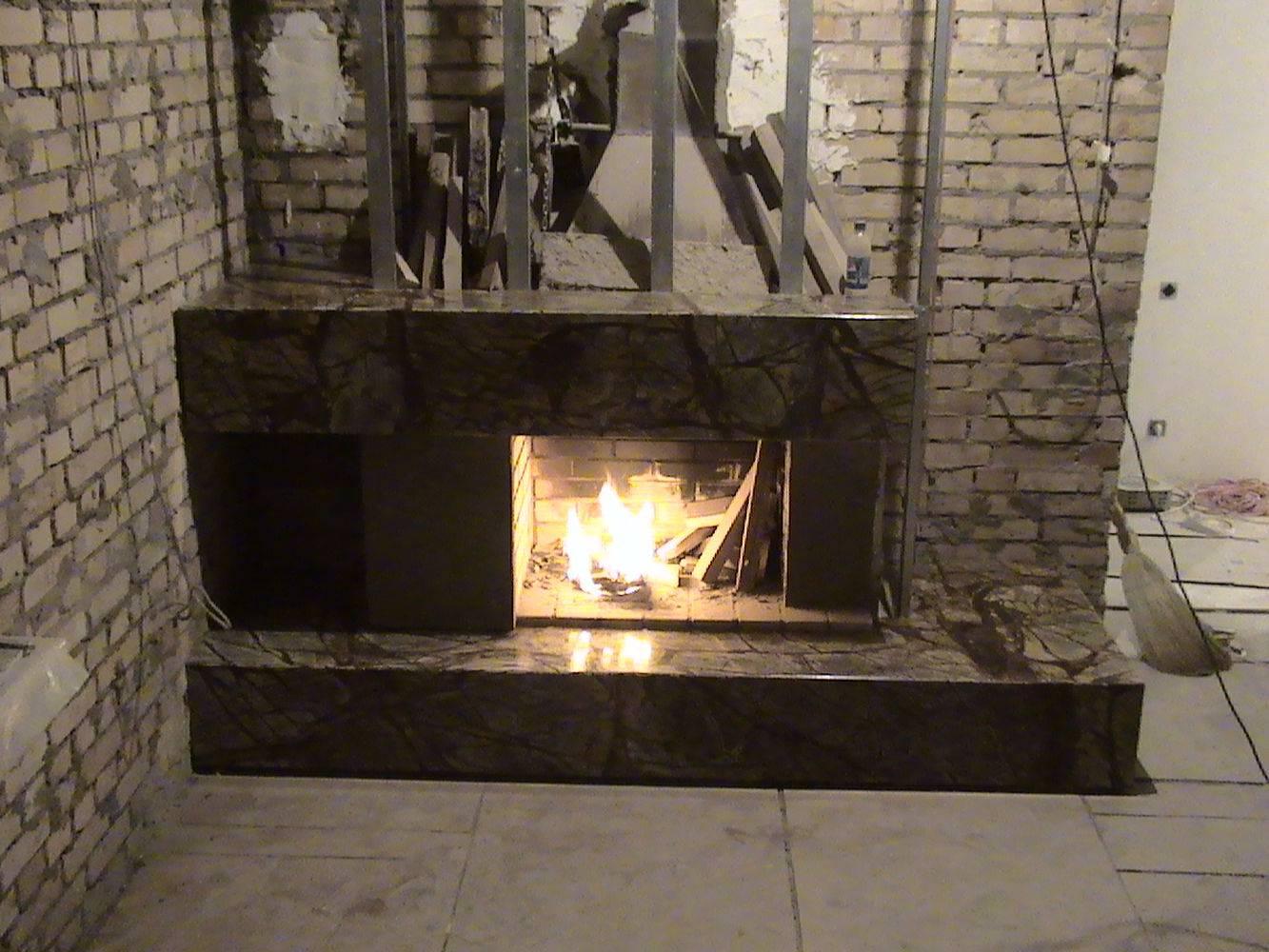 Мраморный камин-11 фото 1 — изелия и проекты от Bevers Marmyr