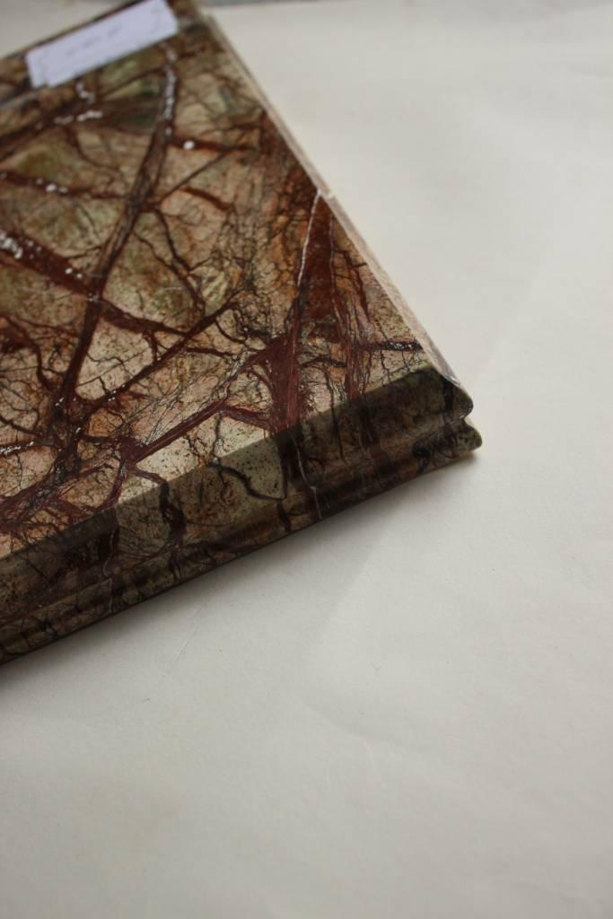 Образец фасонной обработки кромки №10 Б фото 4 — изелия и проекты от Bevers Marmyr