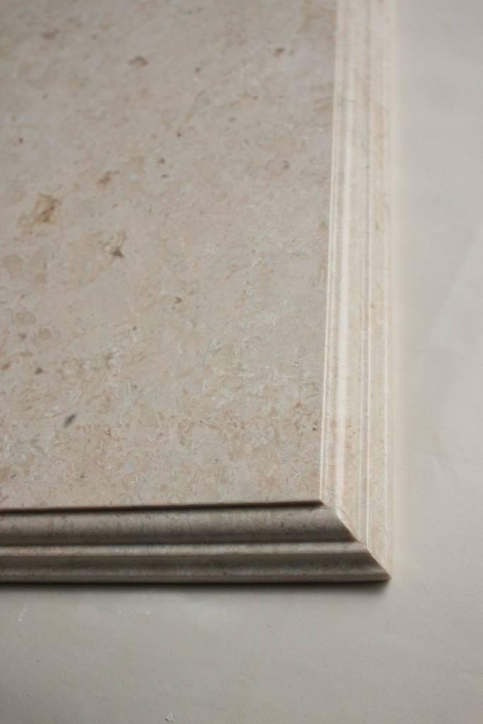Образец фасонной обработки кромки №6 фото 1 — изелия и проекты от Bevers Marmyr