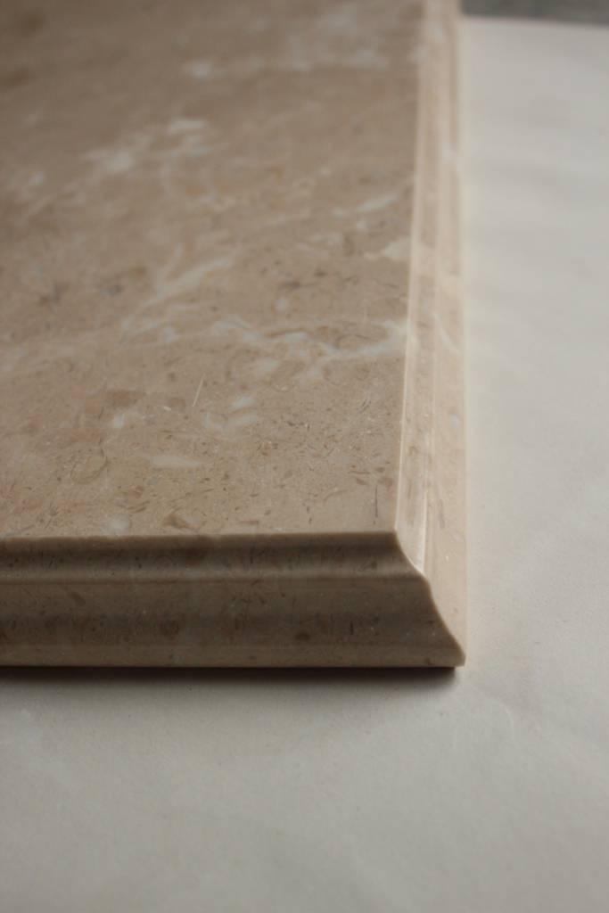 Образец фасонной обработки кромки №10 В фото 3 — изелия и проекты от Bevers Marmyr