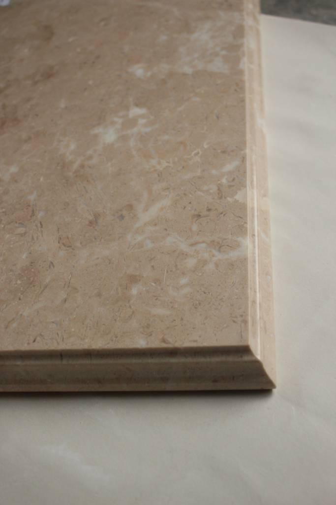 Образец фасонной обработки кромки №10 В фото 2 — изелия и проекты от Bevers Marmyr