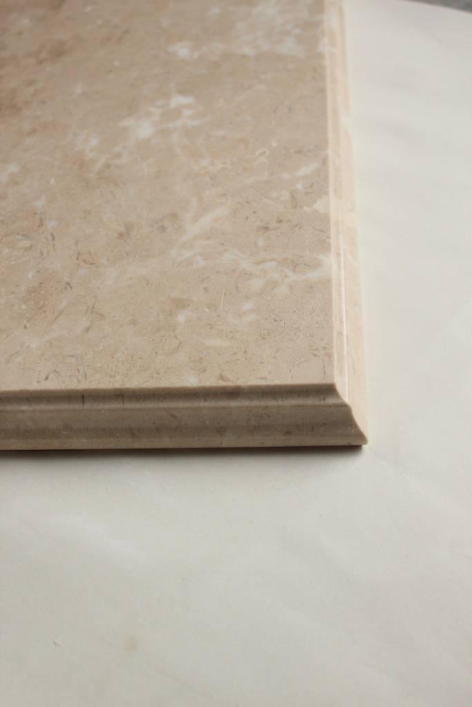 Образец фасонной обработки кромки №10 В фото 1 — изелия и проекты от Bevers Marmyr