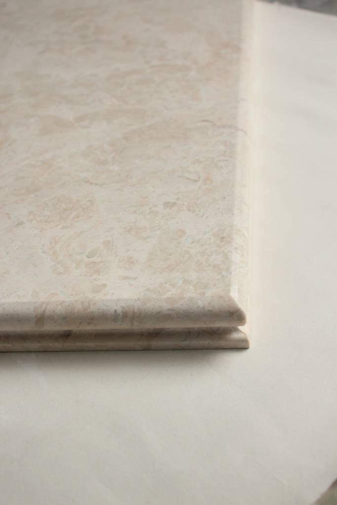 Образец фасонной обработки кромки №10 А фото 1 — изелия и проекты от Bevers Marmyr