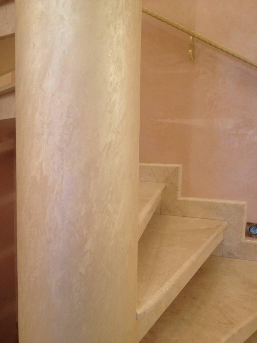 Лестница из мрамора 2 фото 4 — изелия и проекты от Bevers Marmyr
