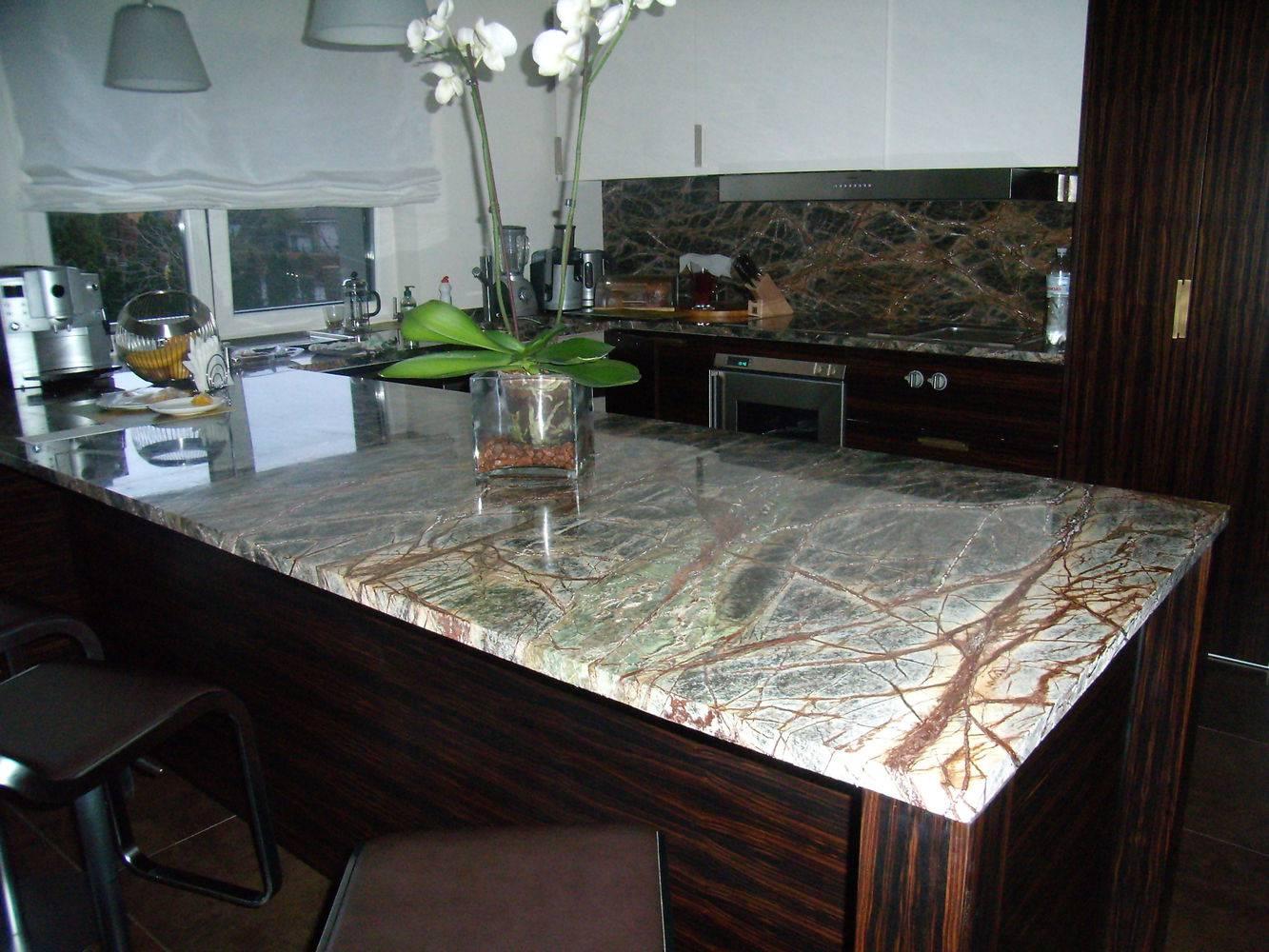 Мраморная столешница для кухни фото 2 — изелия и проекты от Bevers Marmyr