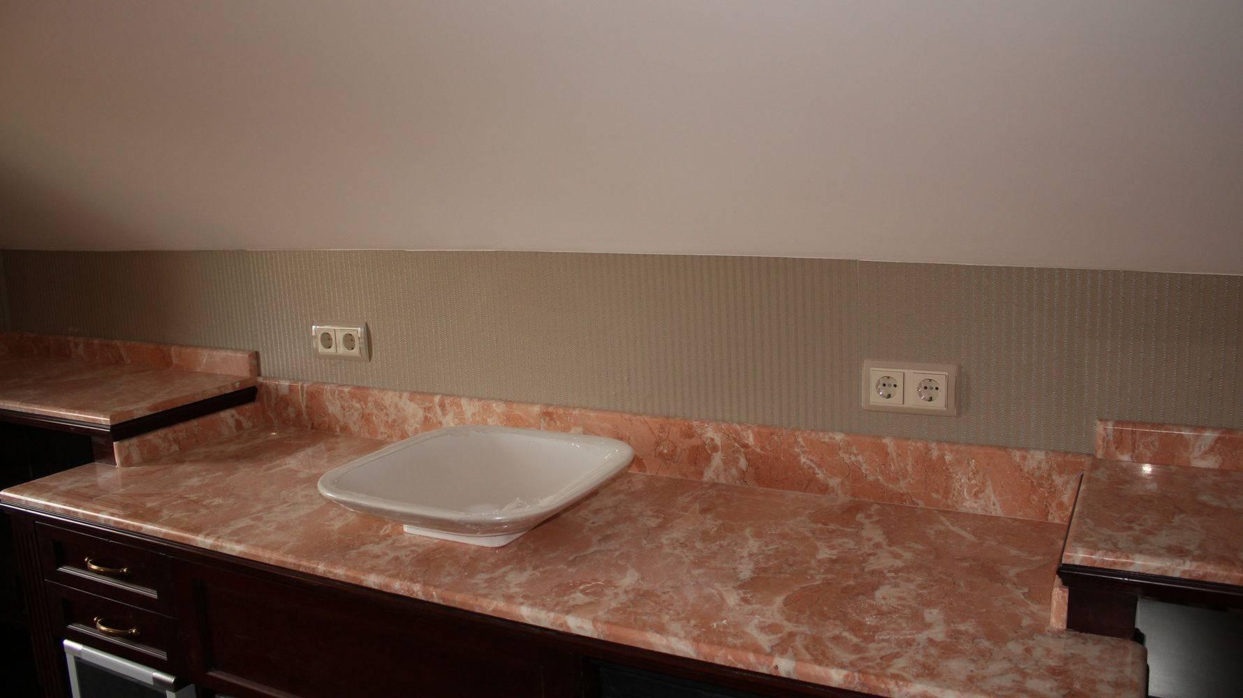 Столешница для ванной-6 фото 1 — изелия и проекты от Bevers Marmyr