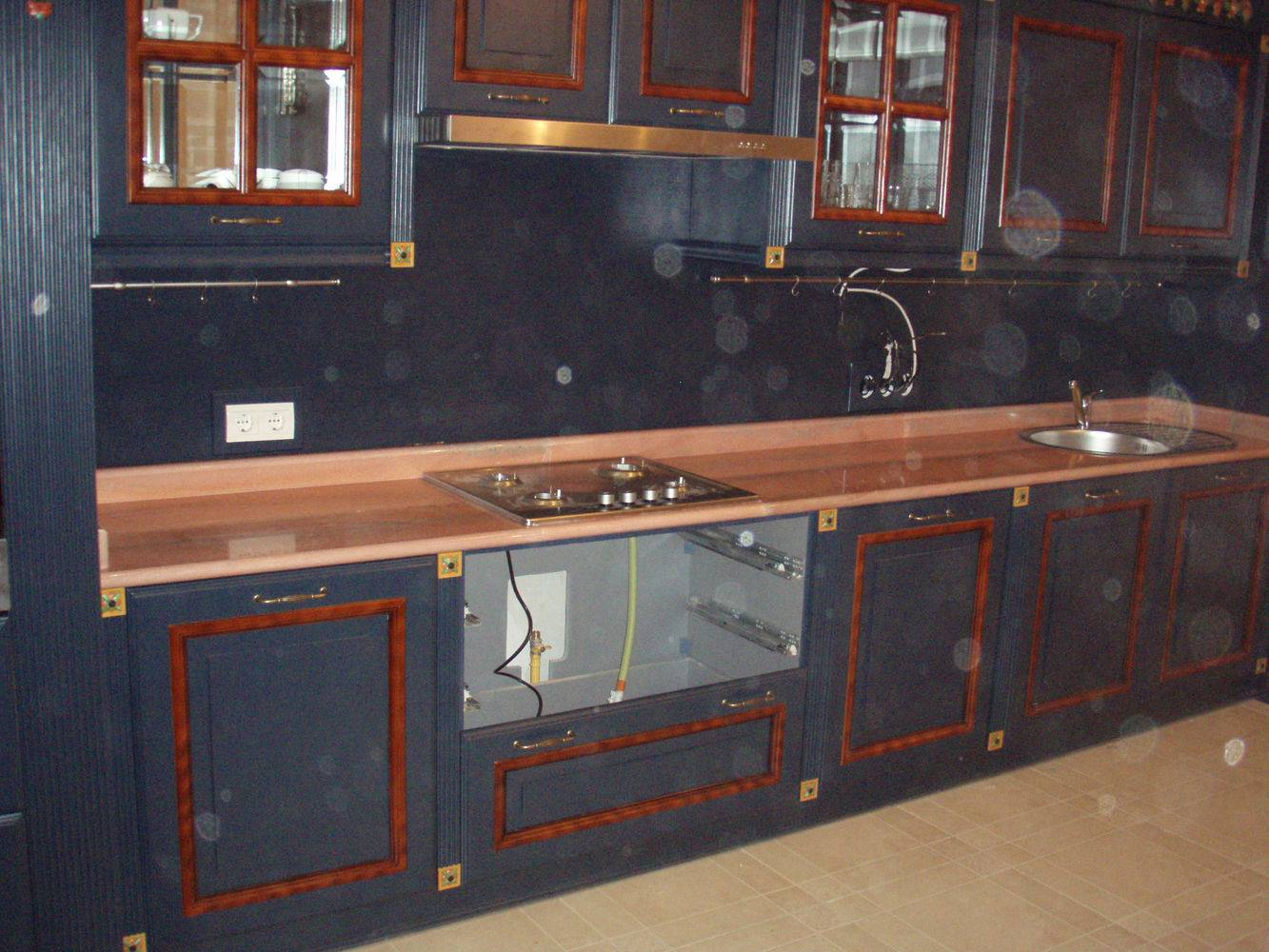 Столешница для кухни-9 фото 3 — изелия и проекты от Bevers Marmyr