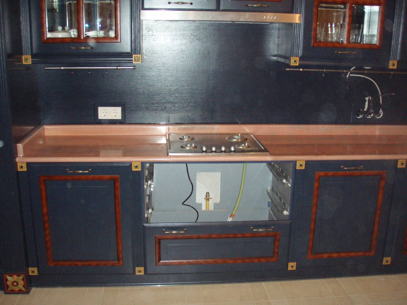 Столешница для кухни-9 фото 2 — изелия и проекты от Bevers Marmyr