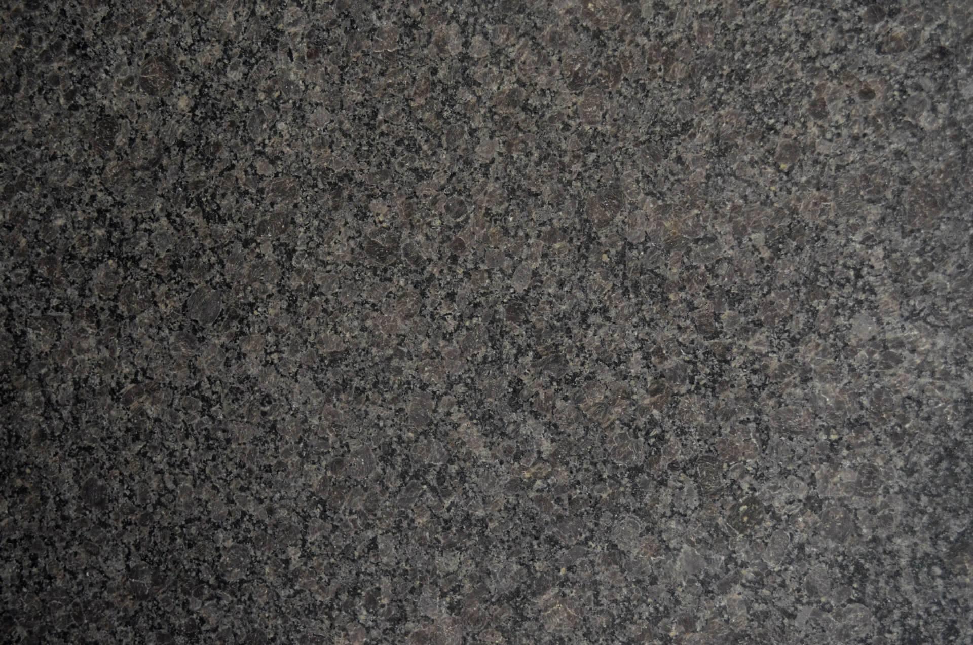 Brown Pearl фото 1 — камень от Bevers Marmyr