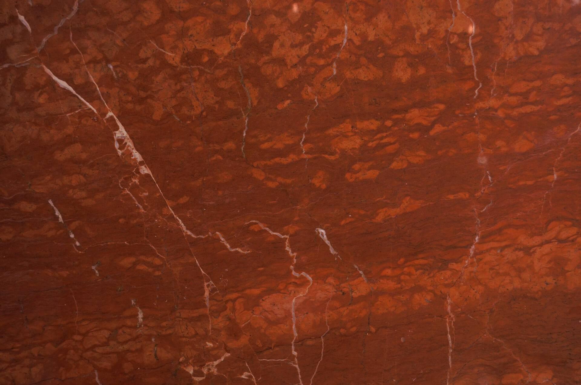Rosso Alicanto фото 1 — камень от Bevers Marmyr