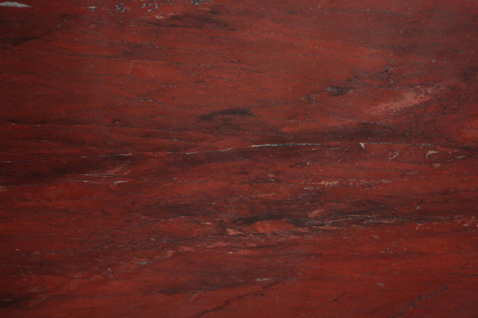 Xango Red фото 1 — камень от Bevers Marmyr