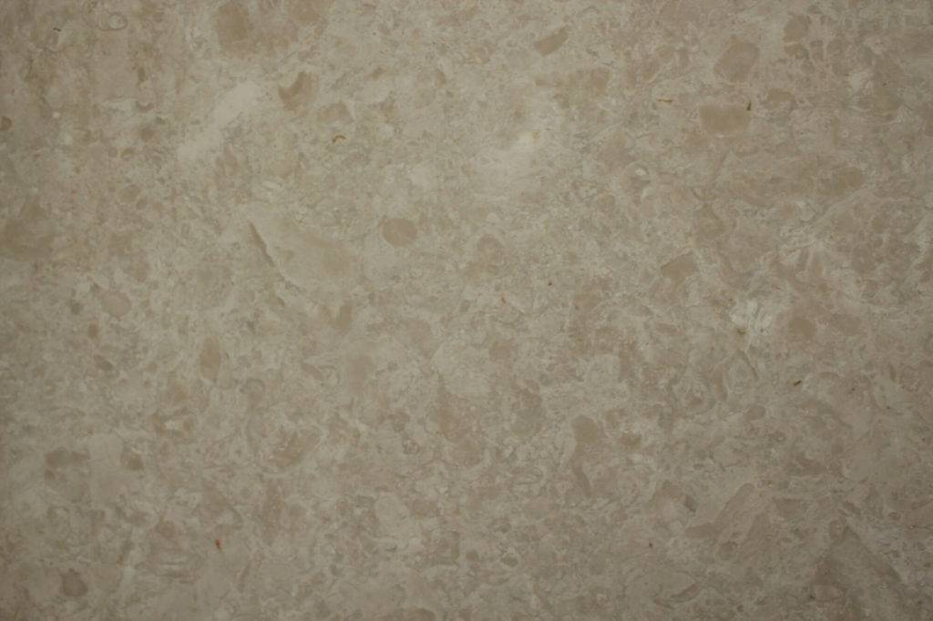 bevers-beige-close
