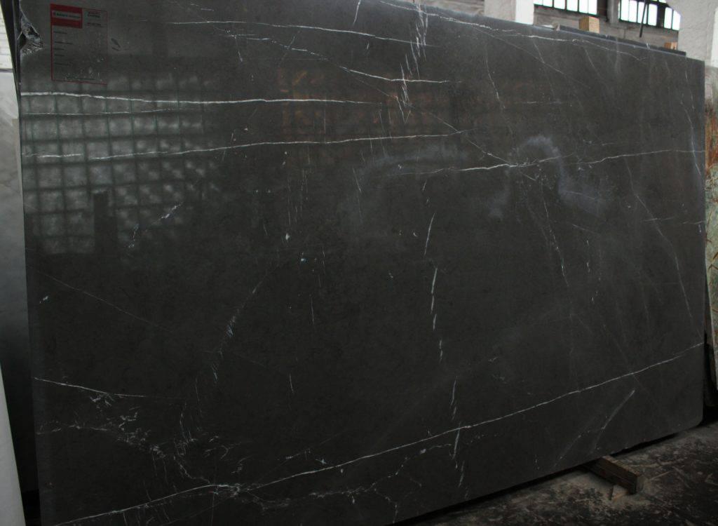 pietra-grey-slab