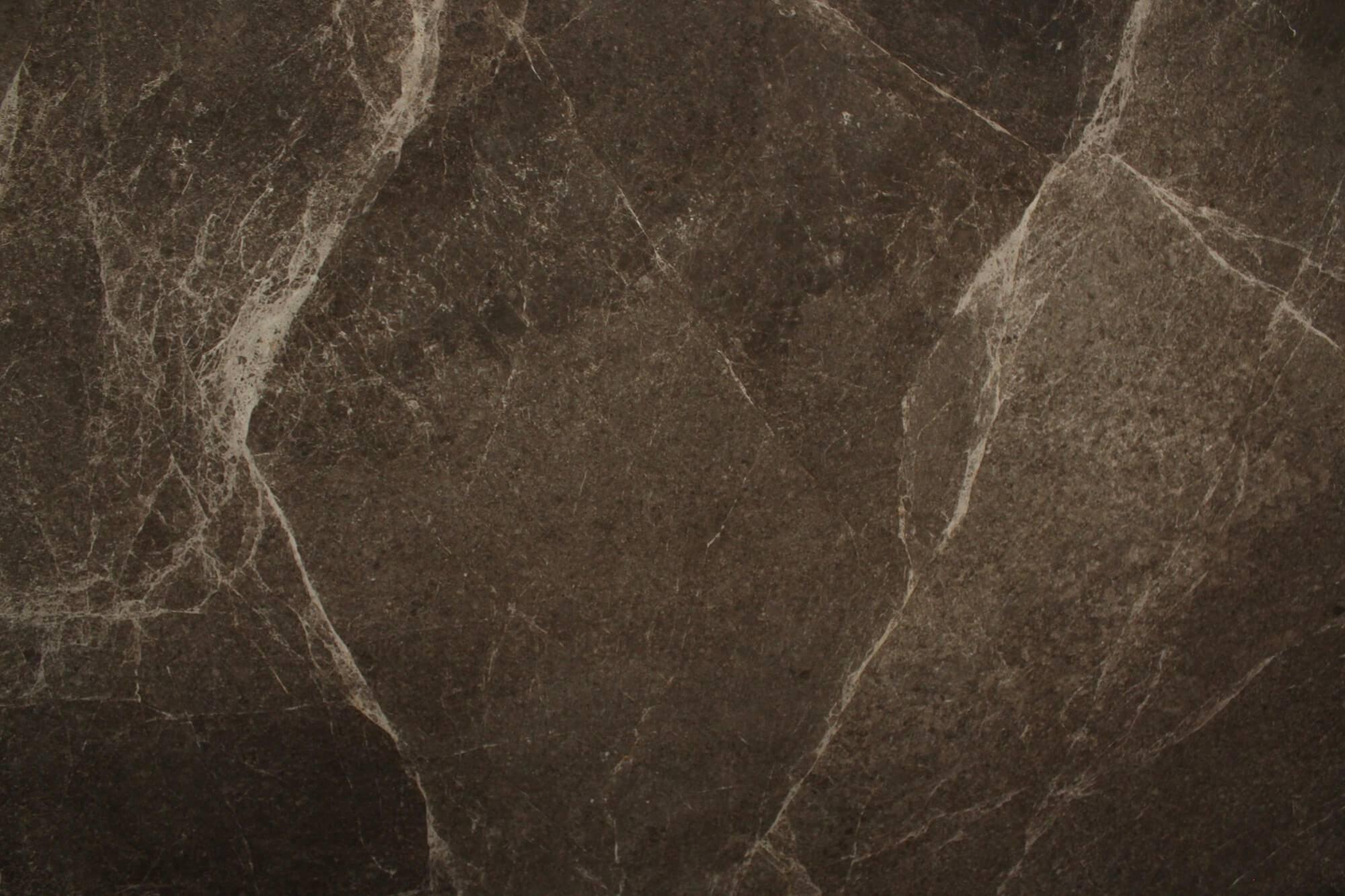 Emperador Dark фото 1 — камень от Bevers Marmyr