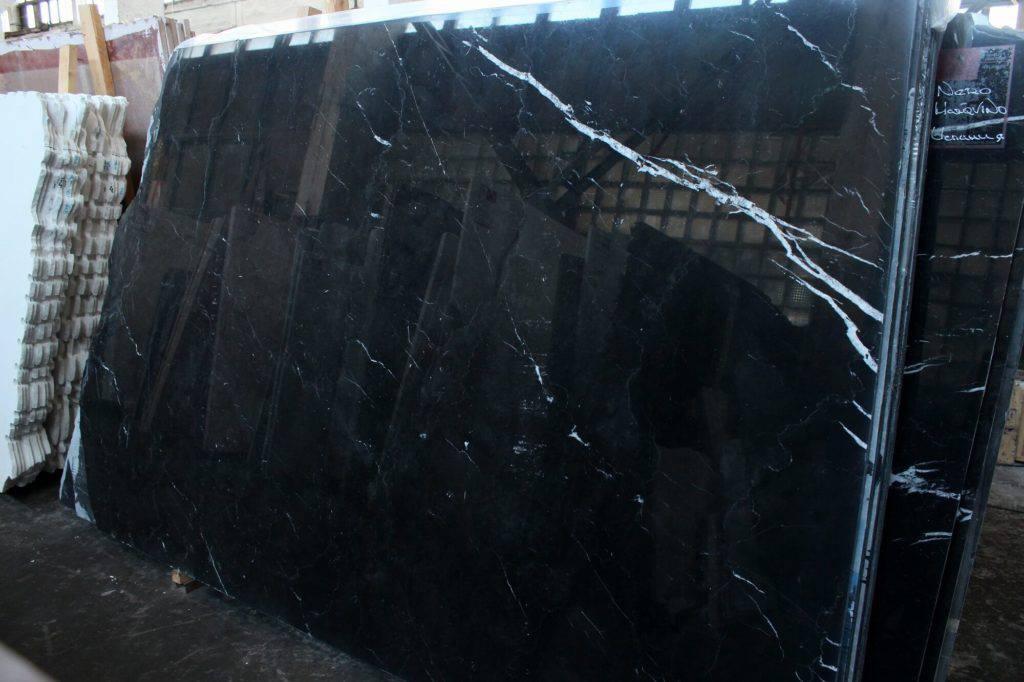 чёрный мрамор из Испании Nero Marquina