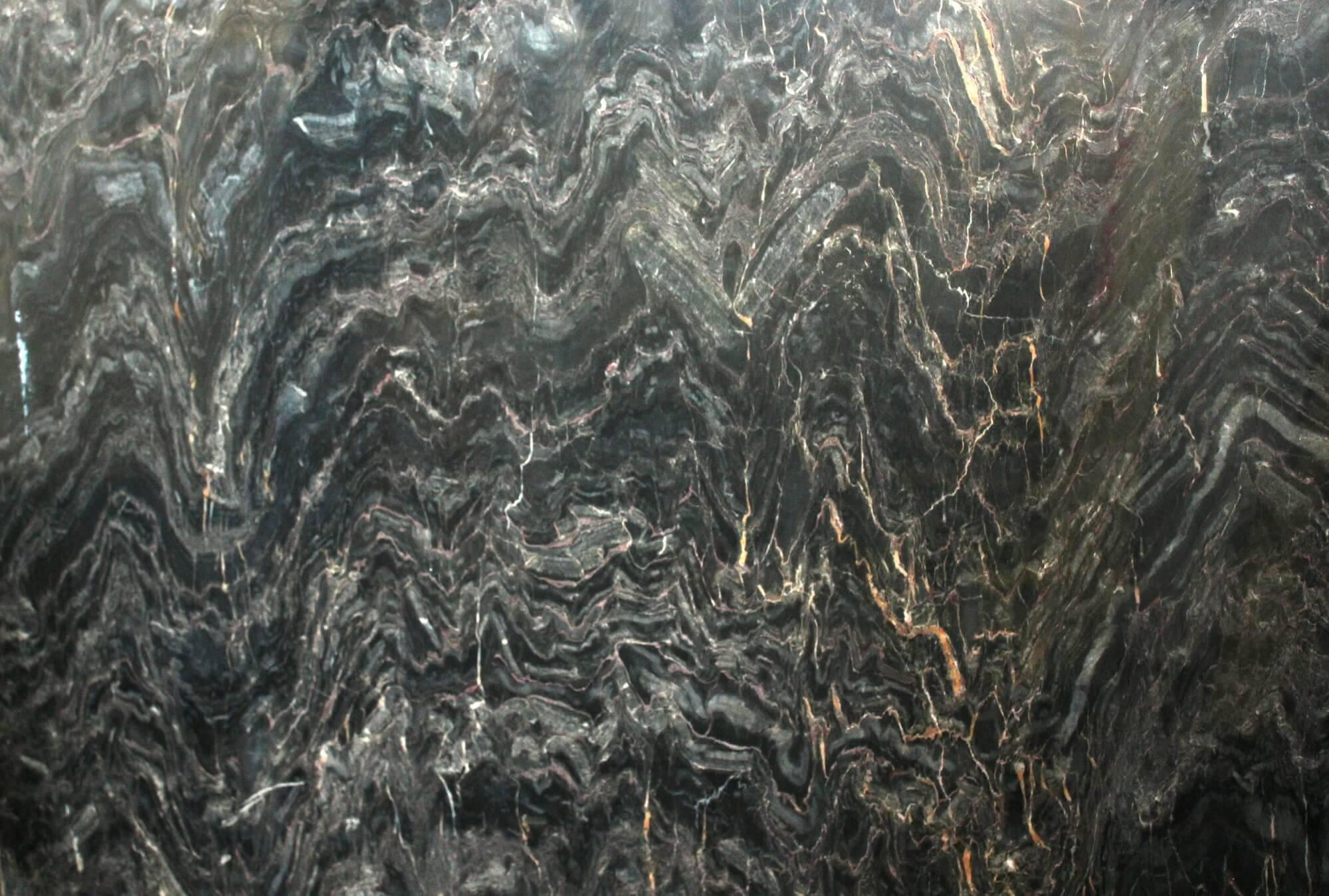 Black Sapphire фото 1 — камень от Bevers Marmyr