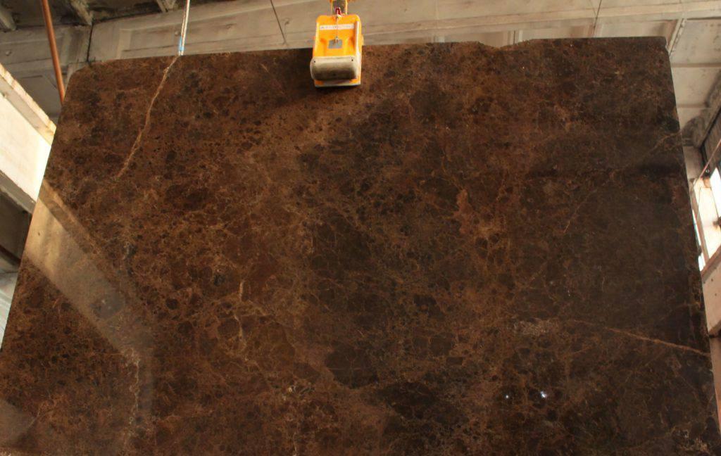 сколько стоит каменная столешница из коричневого мрамора EMPERADOR DARK