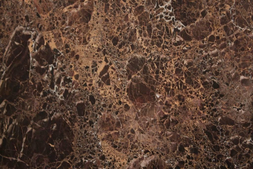 Коричневый мрамор из Испании EMPERADOR GOLD