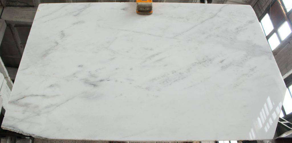 выбрать белый мрамор IBIZA WHITE для столешницы