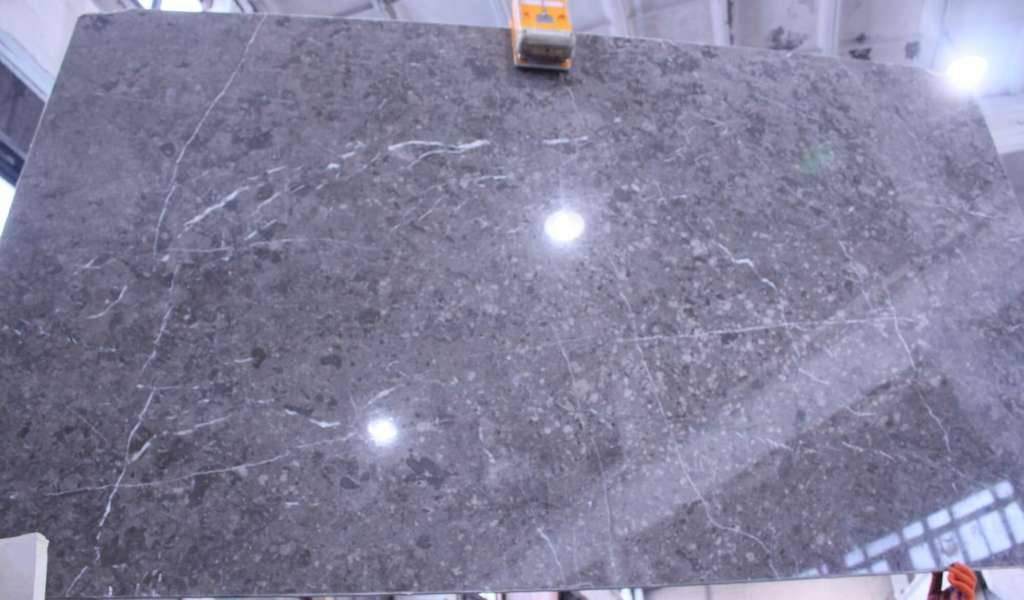 заказать столешницу из серого мрамора в Киеве