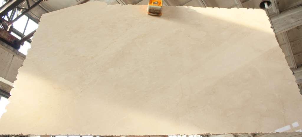 заказать столешницу из мрамора Crema Marfil