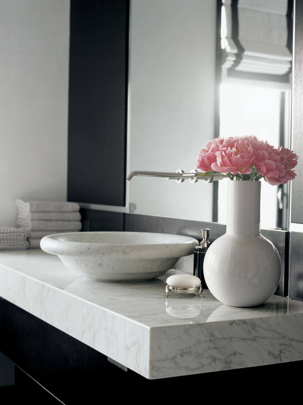Каменные столешницы в ванную
