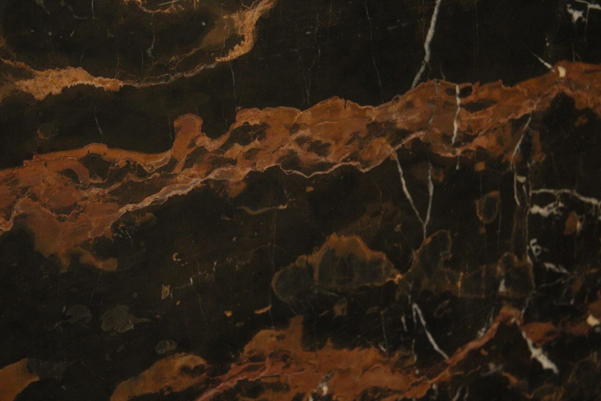 Ebony Gold фото 1 — камень от Bevers Marmyr