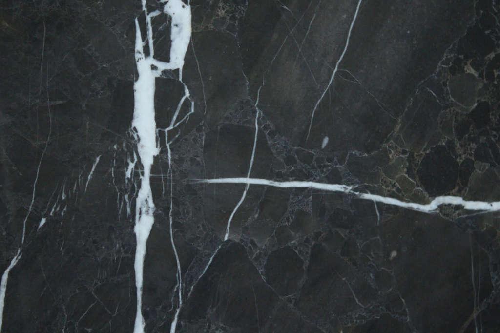 мрамор из Турции Dalya Black