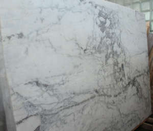 брашированный мрамор RIWER WHITE