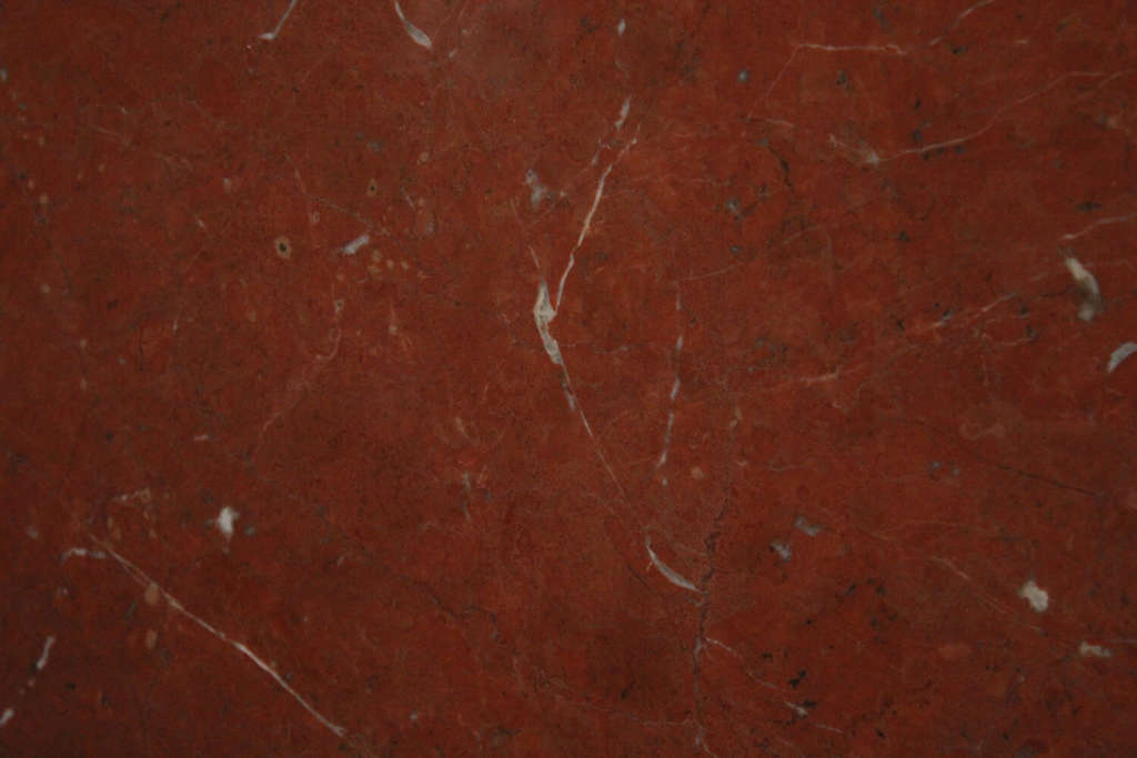 Красный мрамор Rojo Alicante