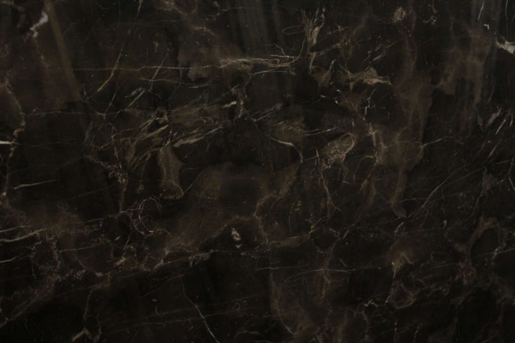 Orient Brown коричневый мрамор