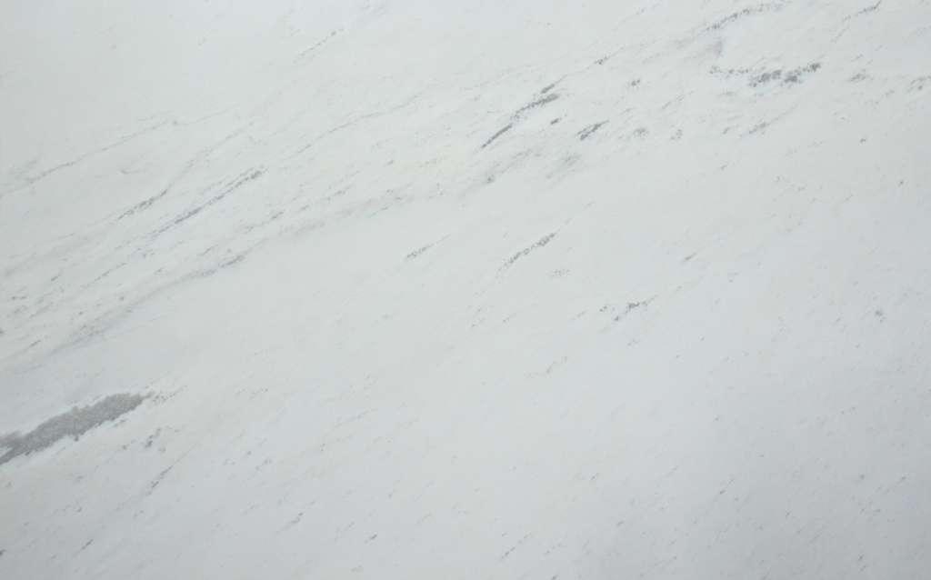 Белоснежный мрамор Polaris classic с тонкими серыми прожилками