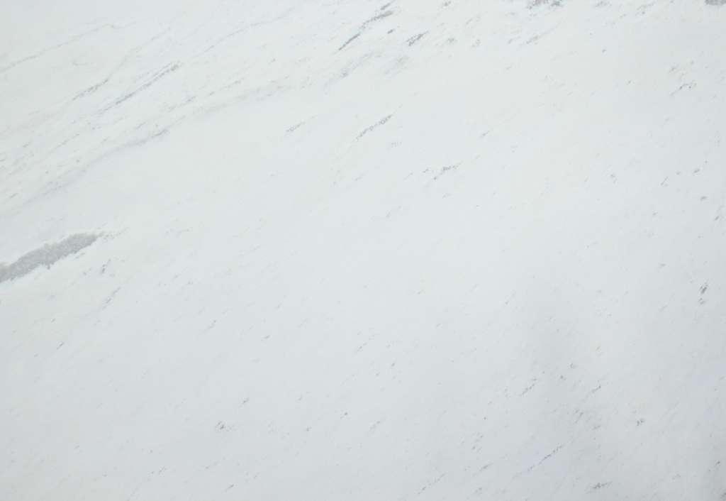 Бело-серый мрамор Polaris classic из греции