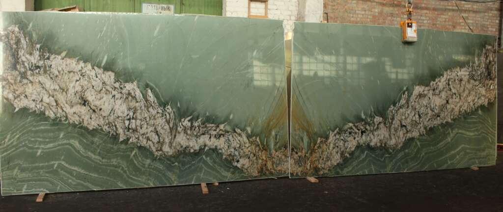 Зелений кварцит із Бразилії Tropical Green