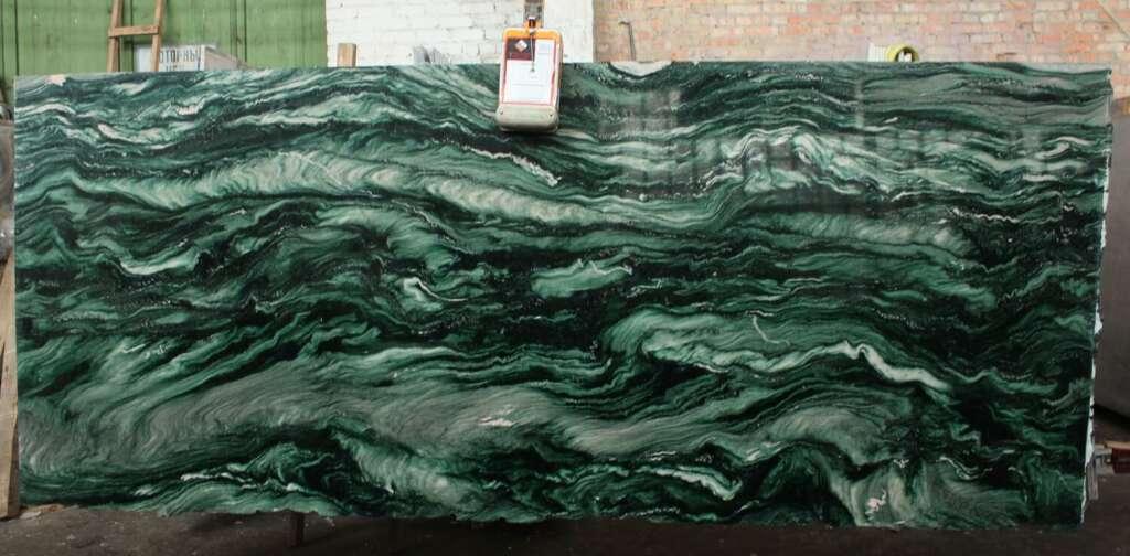 Зелений натуральний кварцит Laponia Green