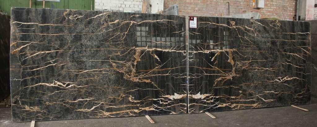 Чорний мармур Port Lauren с золотими прожилками