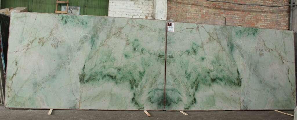 Зелений кварцит Quartzite Jadore в книжній поліровці